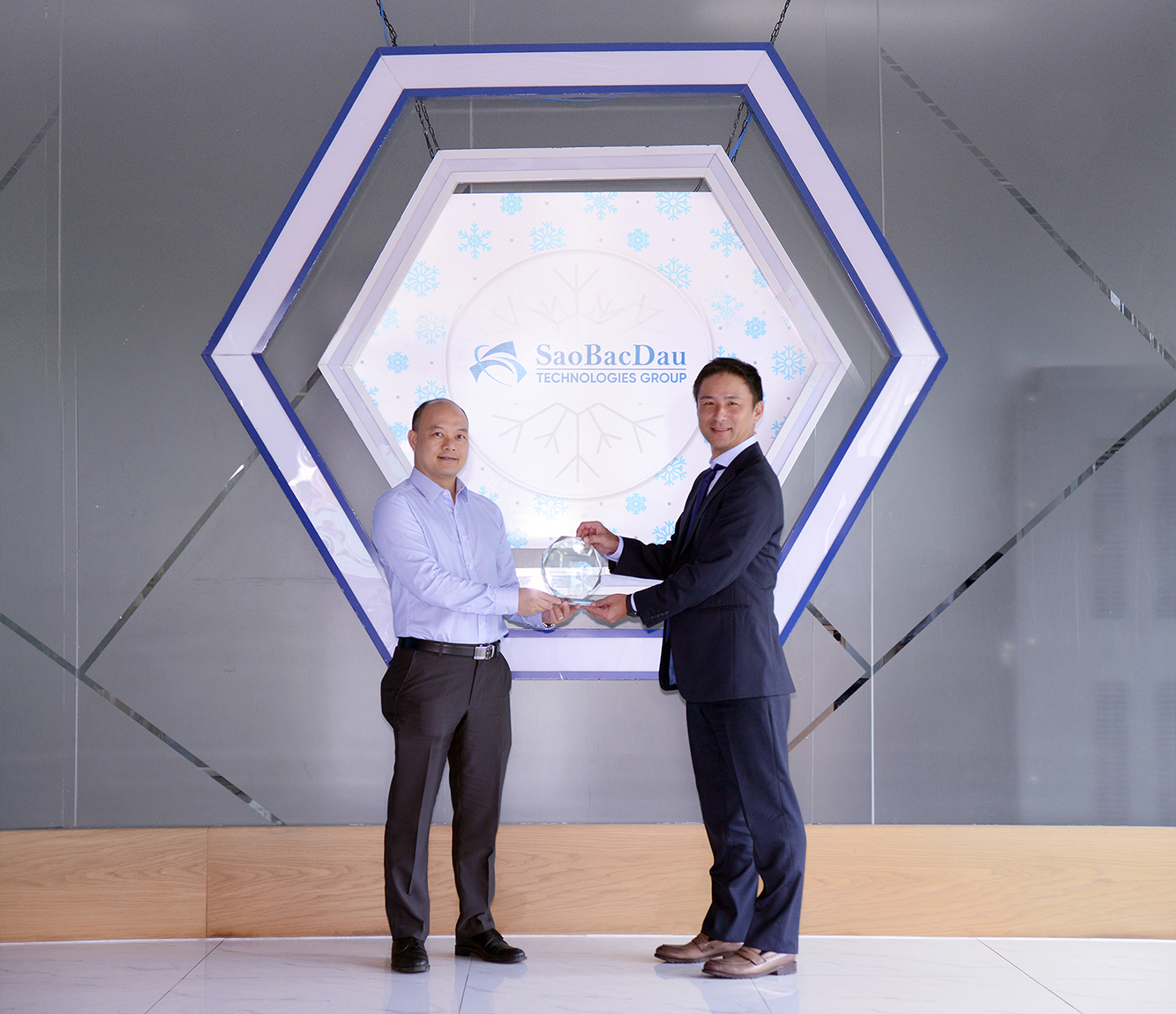 Sao Bac Dau became the Hitachi JP1 Solutions Partner In Vietnam