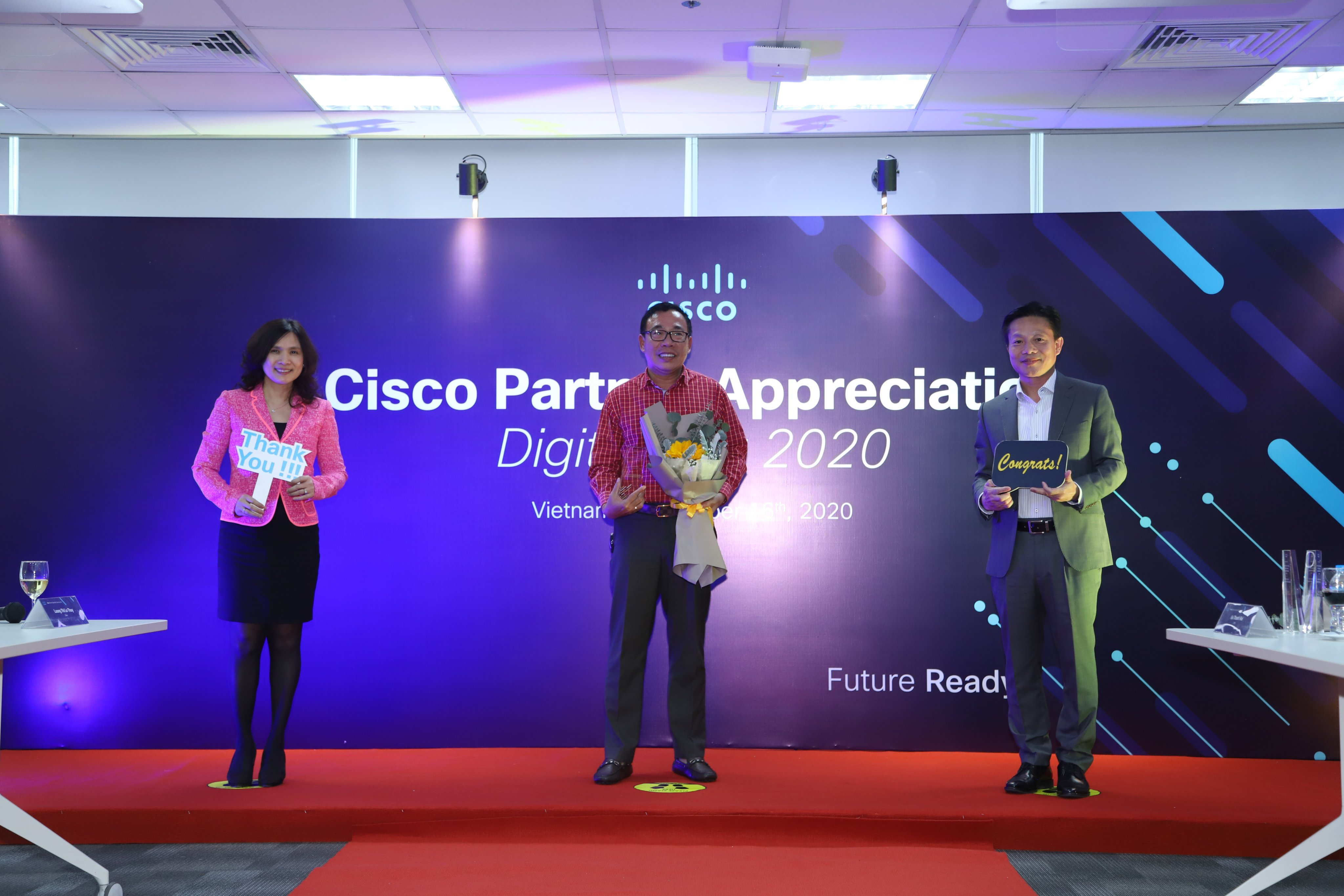 Sao Bac Dau received Rewards of Top Cisco Channel Partners